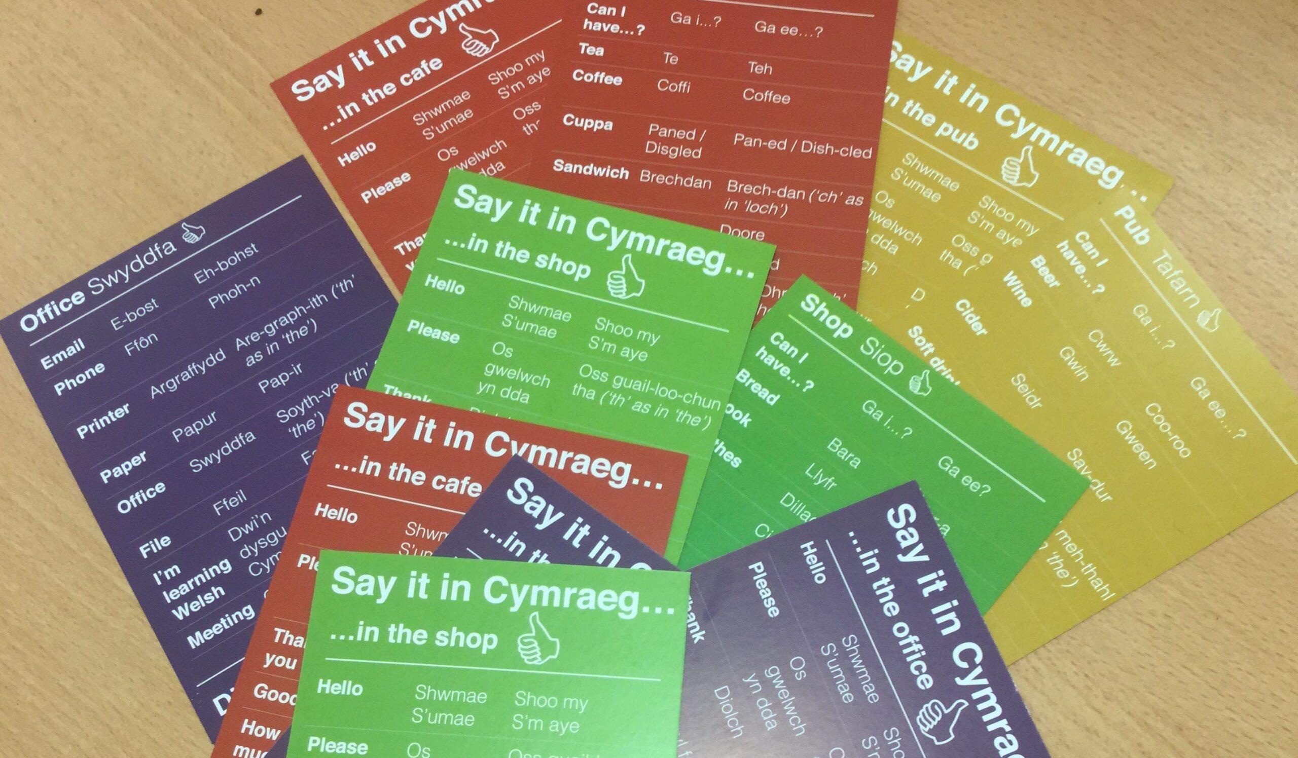 Say it in Cymraeg – Taflenni i annog mwy o bobl i ddysgu Cymraeg
